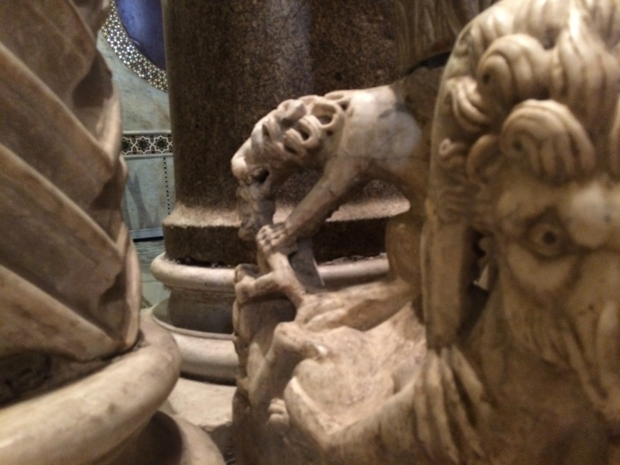2 Sculpture Cappella Palatina Palermo Pic by Arran Q Henderson & Dublin Decoded