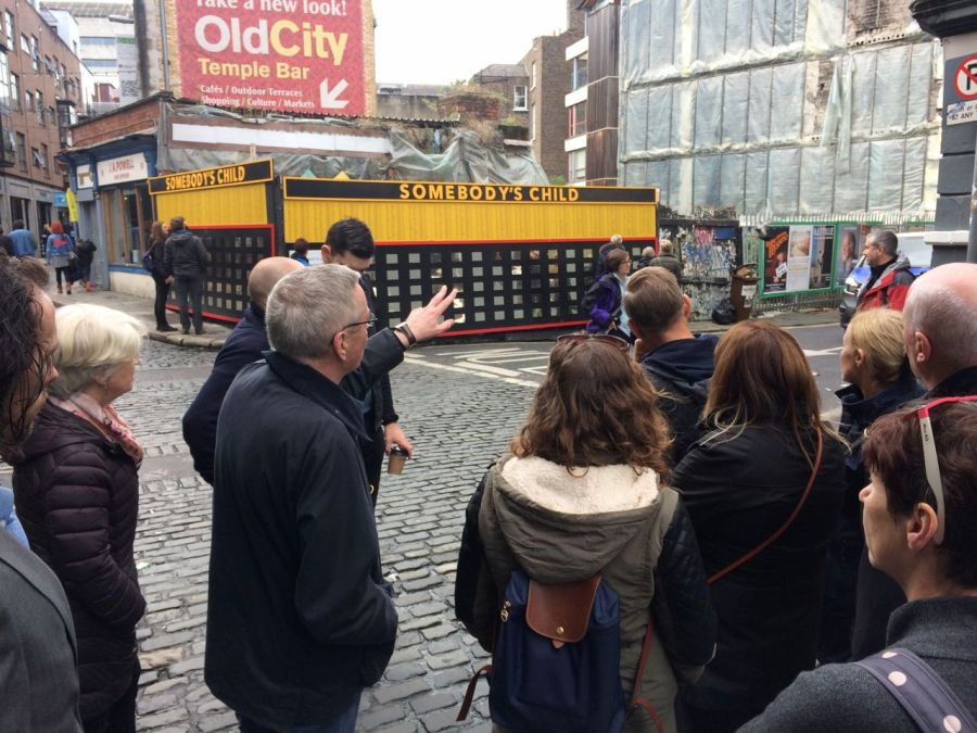 Frank McDonalds tour of Temple Bar.jpg